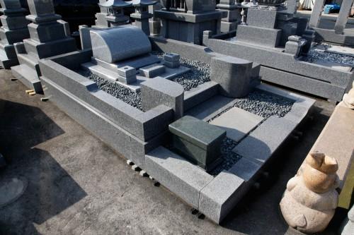 墓石001